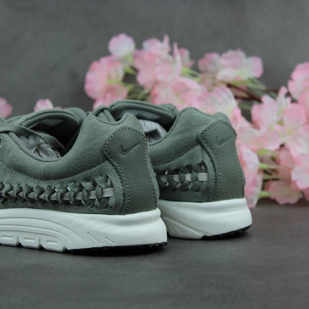 Nike MayFly Woven WMNS (Dark Stucco) 833802-007