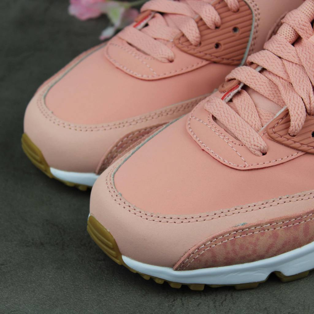 Nike Air Max 90 Leather SE GG (Coral Dust) 897987-601