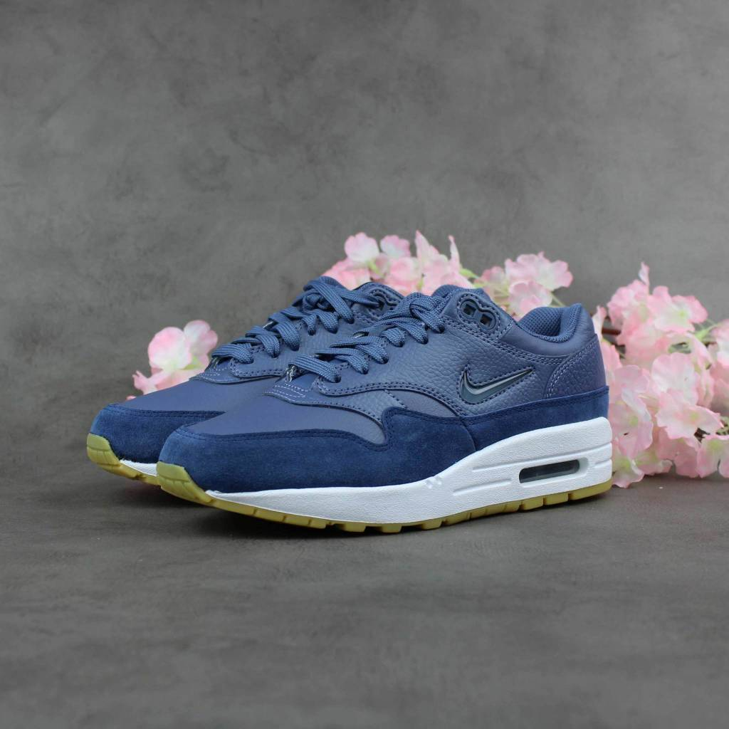 detailed look 97cb4 1931d inexpensive nike air max 1 premium sc wmns diffused blue aa0512 400 ebe5e  9406a