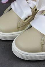 Puma Basket Heart Coach Wn's FM 366366-01 (Semolina/White)