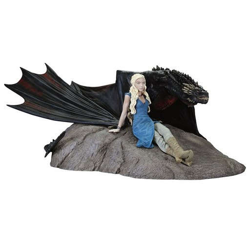 Game of Thrones - Daenerys Targaryen & Drogon Statuette