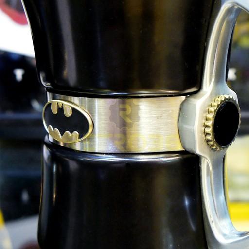 Batman - Classic Logo Thermal Mug
