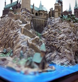 Harry Potter - Hogwarts School Sculpture