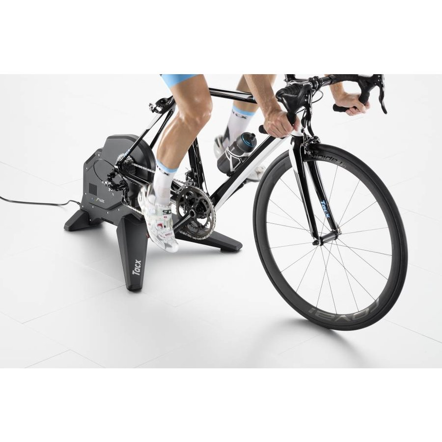 Tacx Virtual Indoor bike trainer Flux Smart-4