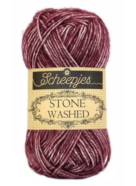 Scheepjeswol Stone Washed 810 garnet