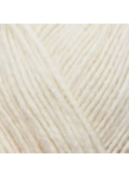 Yarn and colors Charming 002 cream