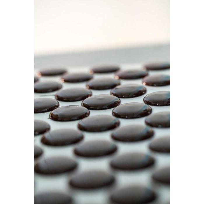 - MADAGASCAR CHOCOLATE   COMBAVA & PINK PEPPER   DARK/NOIR 63%   Zartbitterschokolade mit Combava und Paprika, 65g