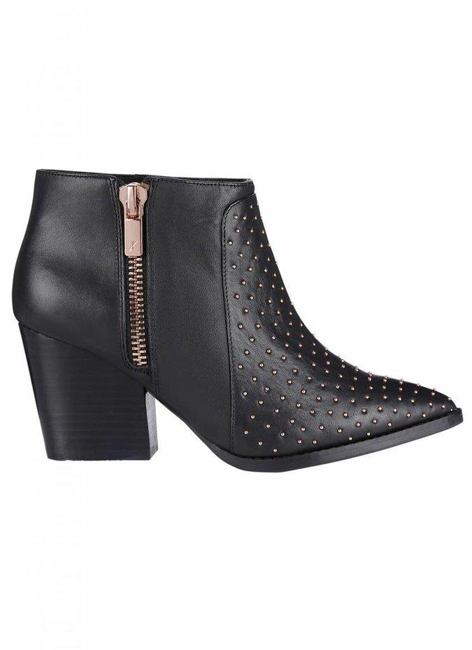 Galvenize Boots