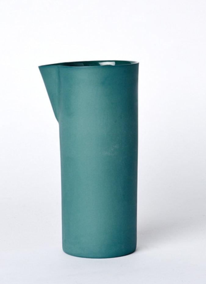 MUD Carafe Medium Bottle