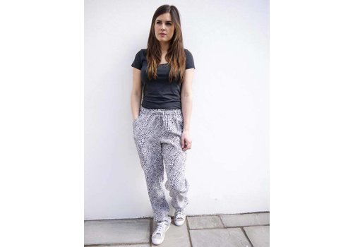 JABA JABA Ellie Trousers in Grey Leopard