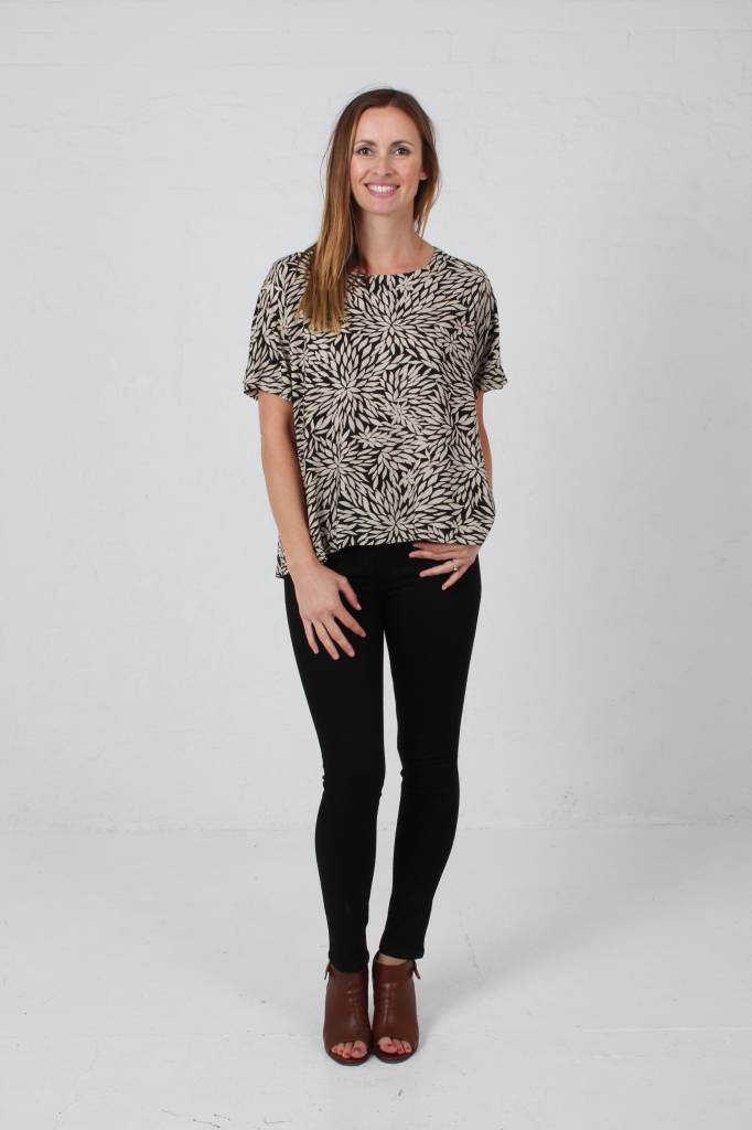 JABA JABA Edie T-Shirt in Anemone Print