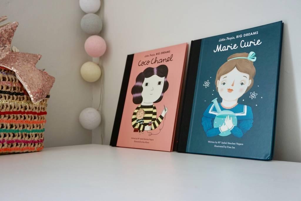 BookSpeed Little People Big Dreams MARIE CURIE