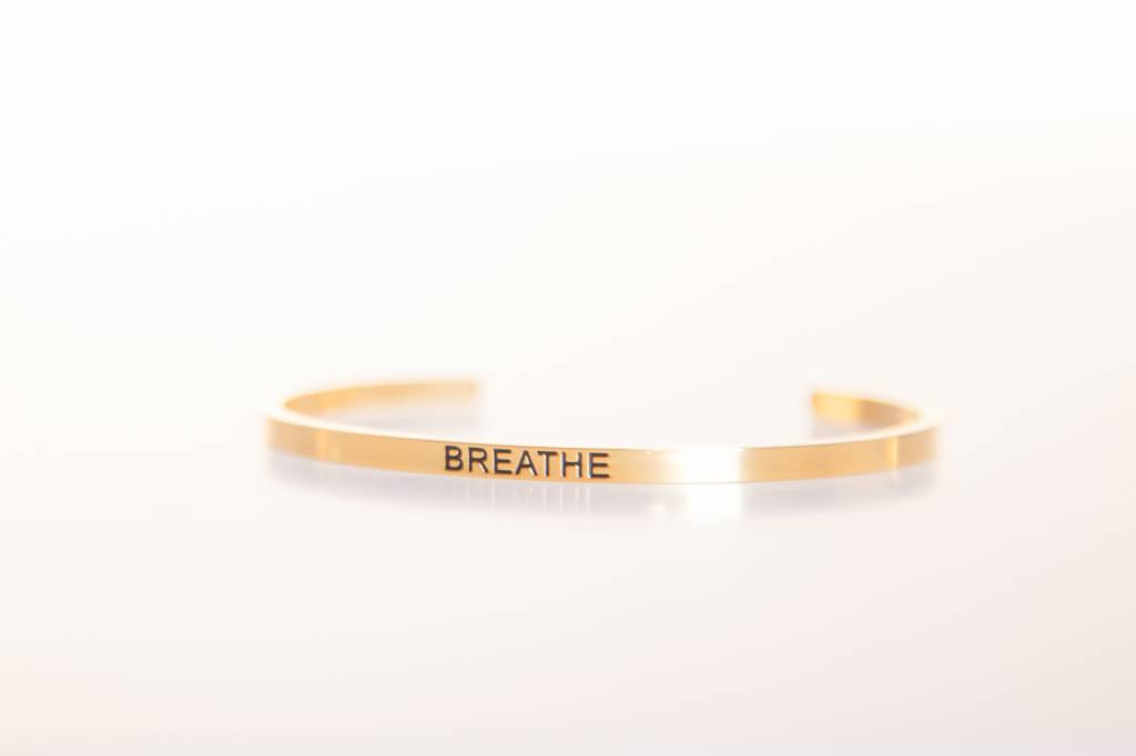 """BREATHE"" Bangle -golden"