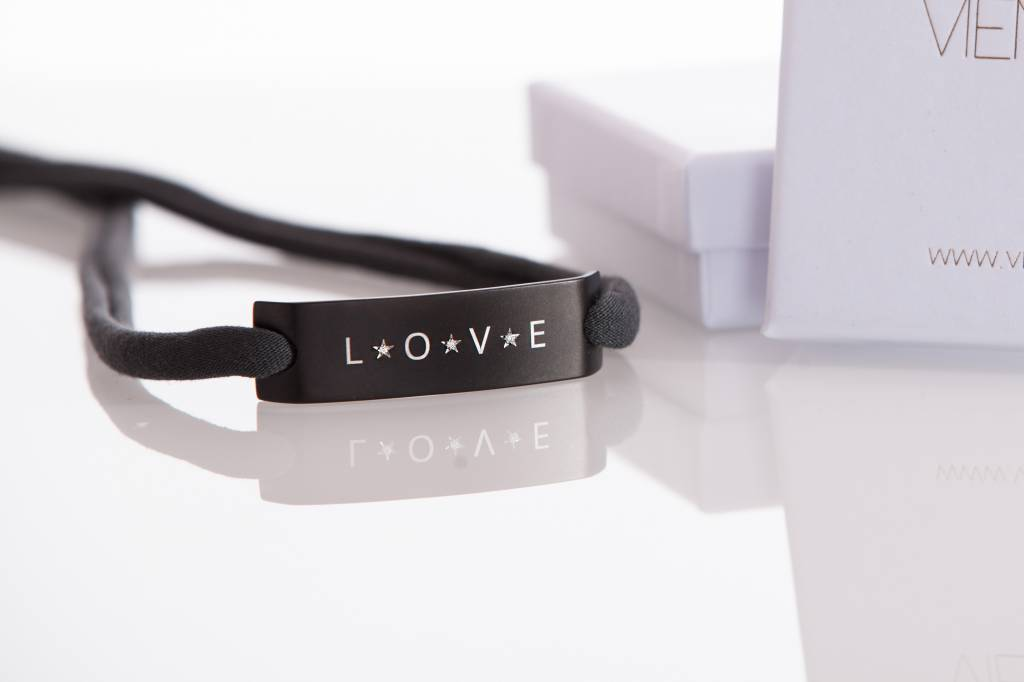 "DIAMOND EDITION : ""LOVE""  BLACK"