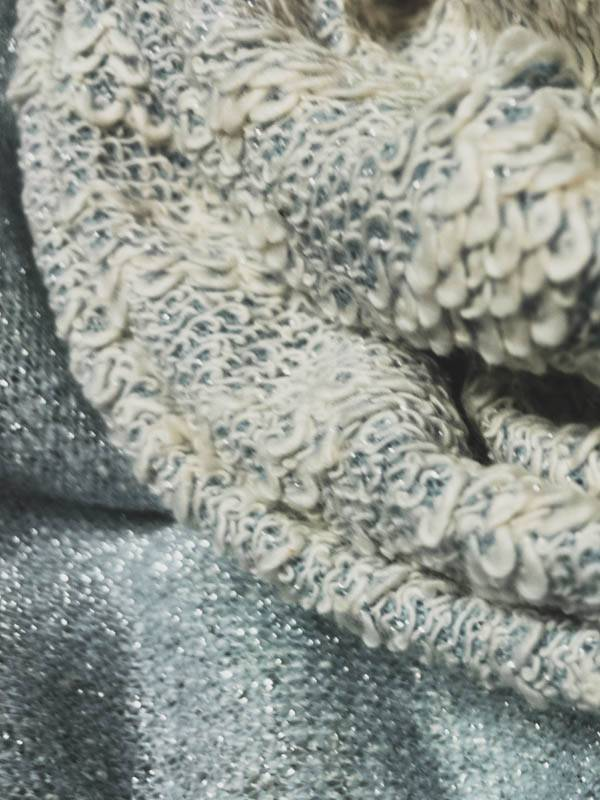 11,50€ p/m - Babyblauw Glitter - Sweaterstof