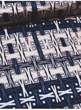 Nooteboom 1m op 1,5m - Beige en Blauwe Kruisjes - Bedrukte Viscose Tricot