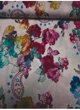 Nooteboom 6,50€ p/m - Paisley Flowers - Bedrukte Viscose Tricot