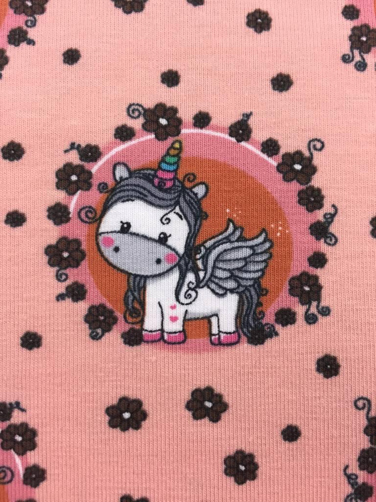 11€ p/m - Cute Unicorn op Zalmroze - Bedrukte Tricot