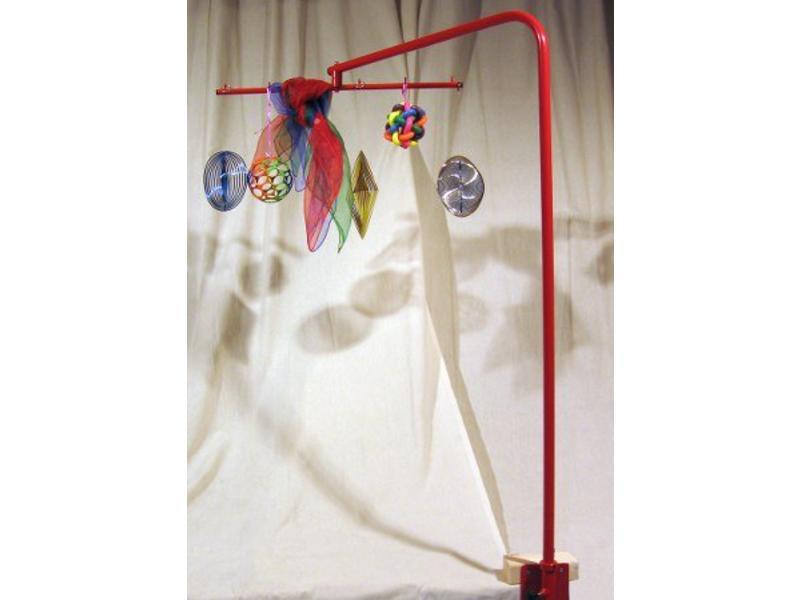Atelier Michel Koene Speelboog rood geëpoxeerd draaibaar   122,5x62x60cm