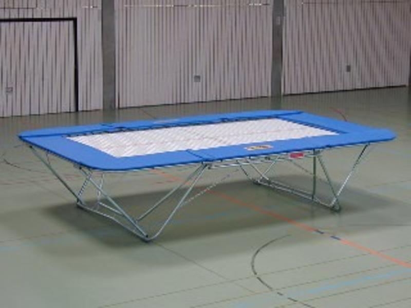 Trampoline Master inclapbaar verrijdbaar   457x275x99cm