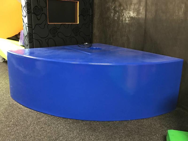 Atelier Michel Koene Eiland t.b.v. Bubble Unit kwart rond, Bisonyl