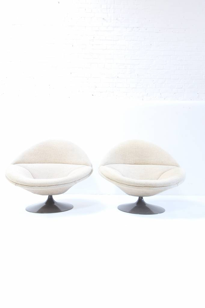 Pierre Paulin design chairs for Artifort F422