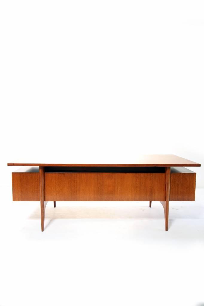 Origineel prachtig bureau van De Coene Kortrijk