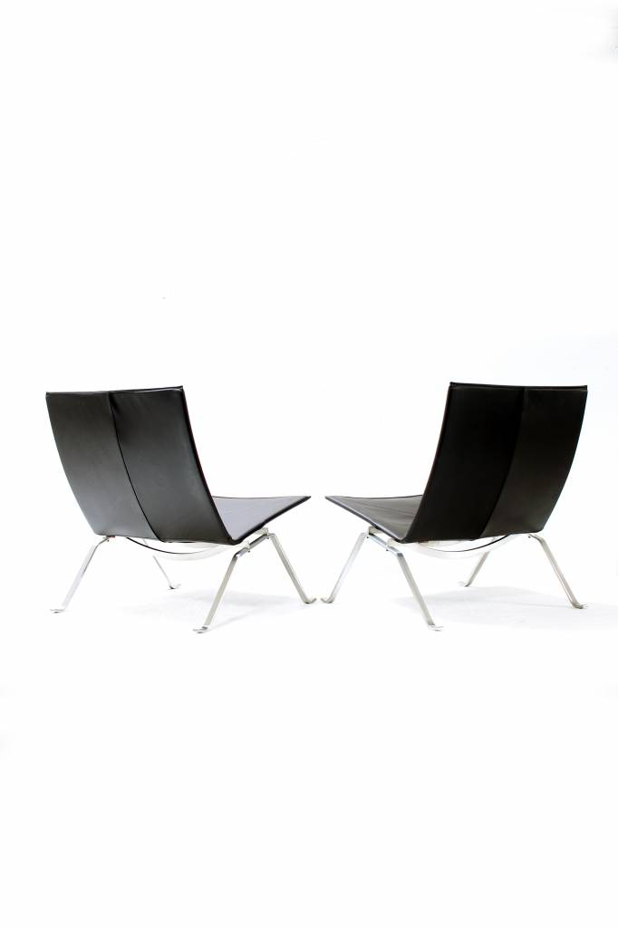 Fritz Hansen PK22  ontwerp Poul Kjærholm