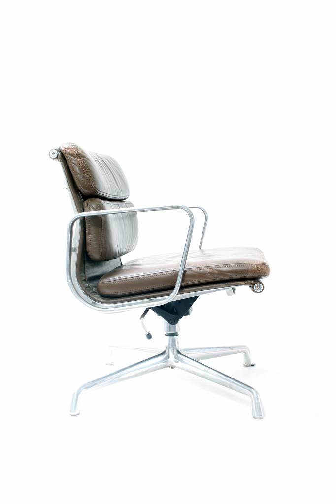 Vintage Charles Eames bureaustoel