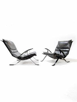 Tuman chairs