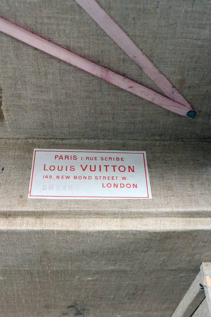 Rare antique travel suitcase Louis Vuitton circa 1898