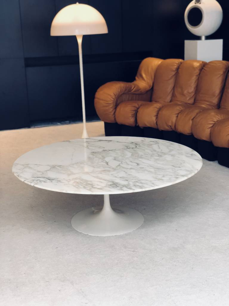 Knoll Eero Saarinen marble coffee table