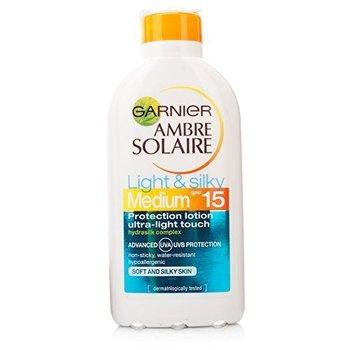 Garnier Ambre Solaire Light & Silky Zonnemelk SPF 15