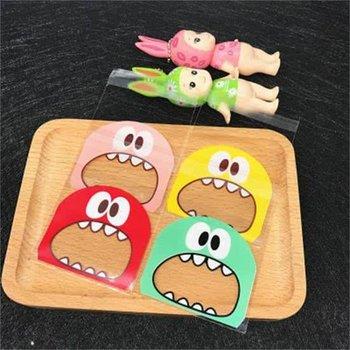 100x Transparante Uitdeelzakjes Rood - Cellofaan Plastic Traktatie Kado Zakjes - Snoepzakjes Cookie monster