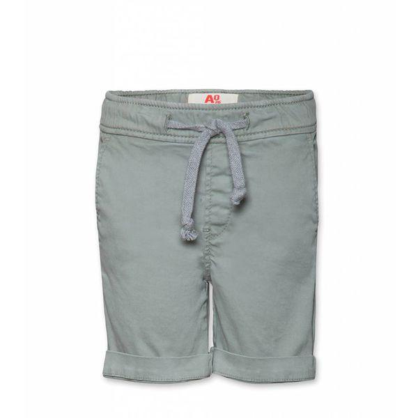 Groene korte broek