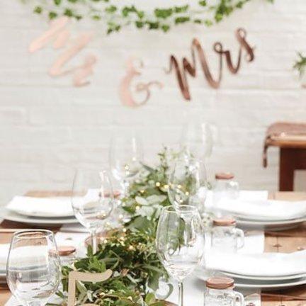 MR & MRS Rose goud feestartikelen en versiering.Alles voor uw huwelijk