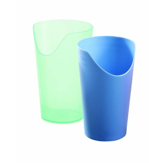 Plastic beker met neusuitsparing