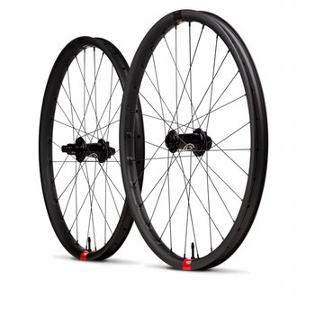 Santa Cruz Reserve Rear Wheel (I9 Torch Hub)