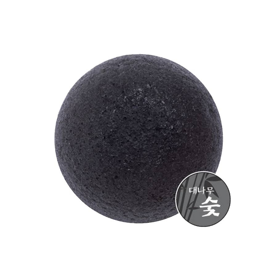 MISSHA Reinigungsschwamm - mit Bambuskohle (Natural Konjac Cleansing Puff - Bamboo Charcoal)