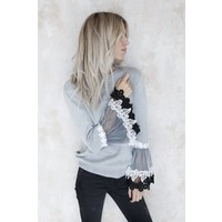 LACE FLOWERS GREY - TRUI
