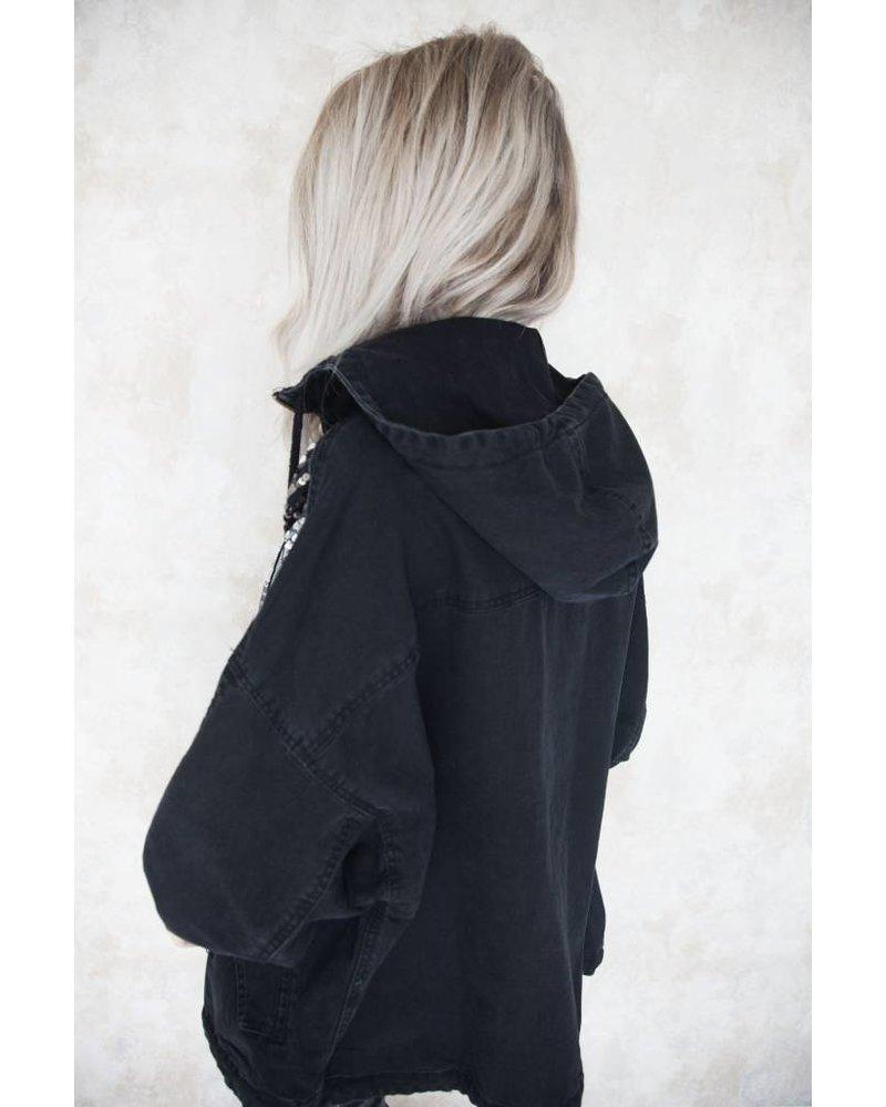 SHINY STRIPED BLACK - JACKET