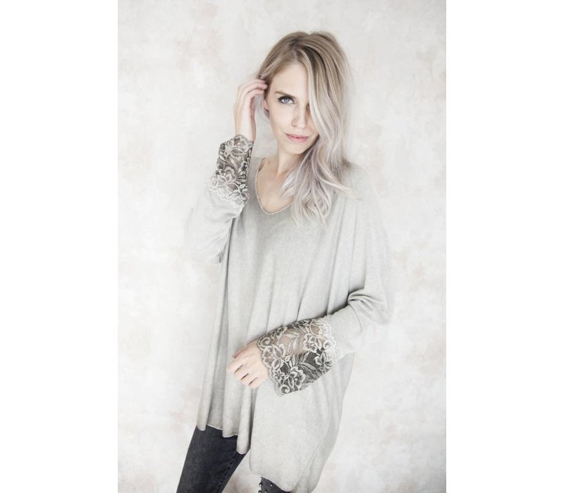 BASIC LACE CREME - T-SHIRT