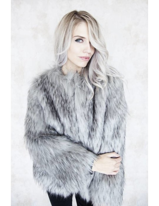 FAUX FUR GREY