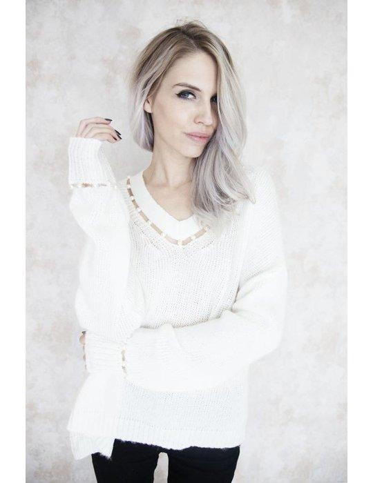 SALINA WHITE