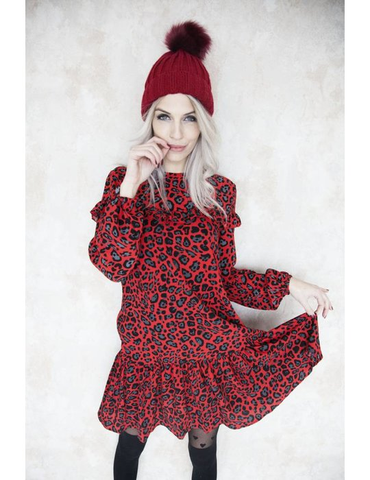 THE HOT RED LEOPARD