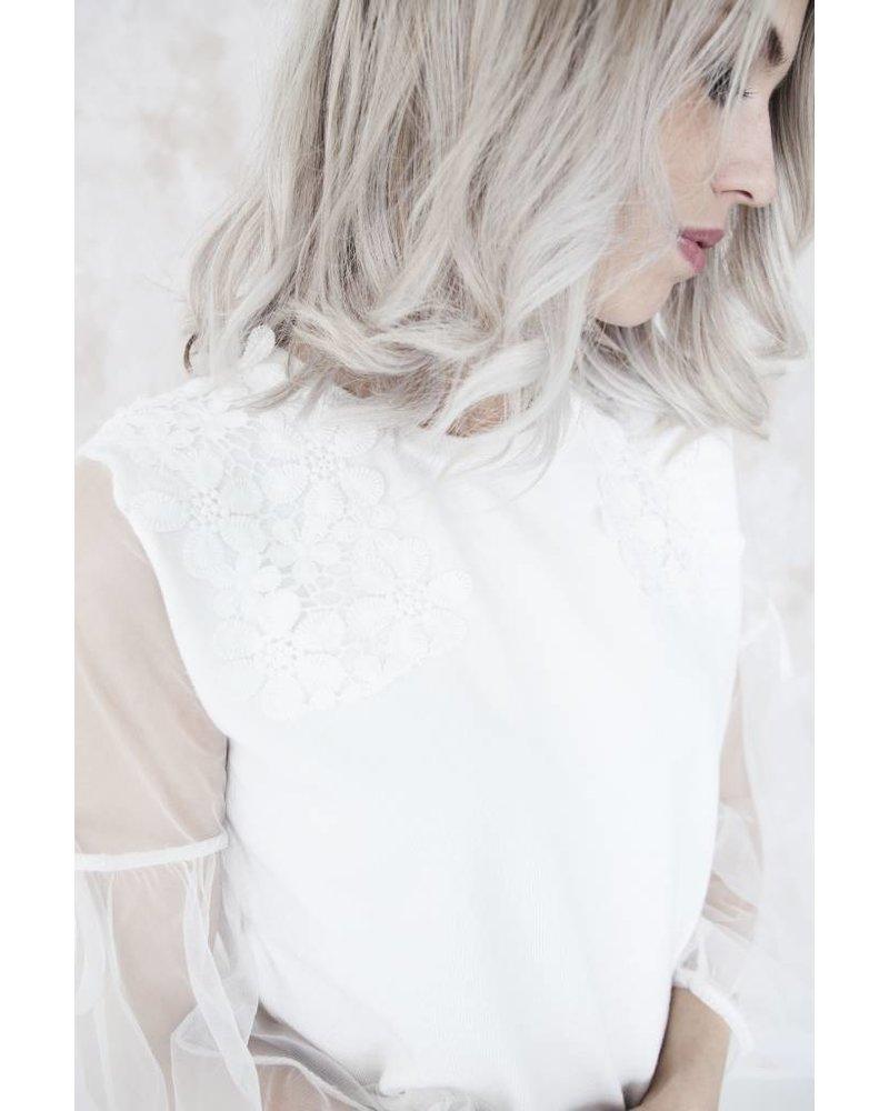 DREAMY FLEUR WHITE - TRUI