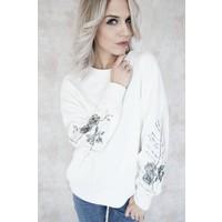 PRETTY FLOWERED WHITE - SWEATER