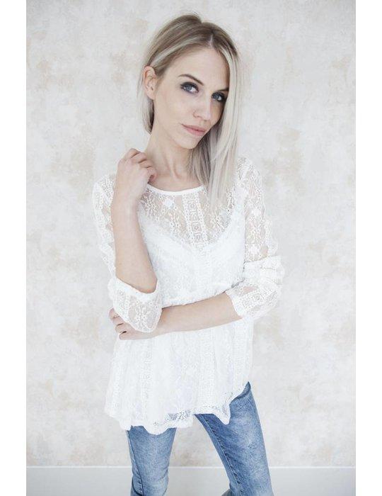 KATHY LACE WHITE