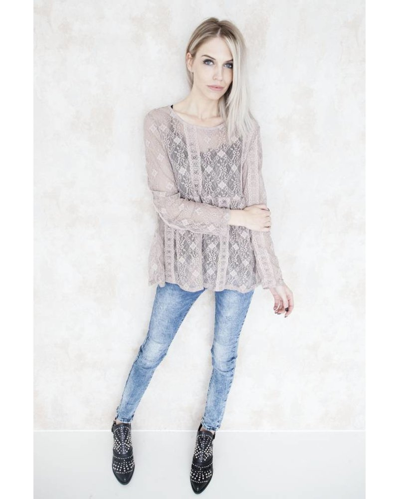 KATHY LACE TAUPE - BLOUSE