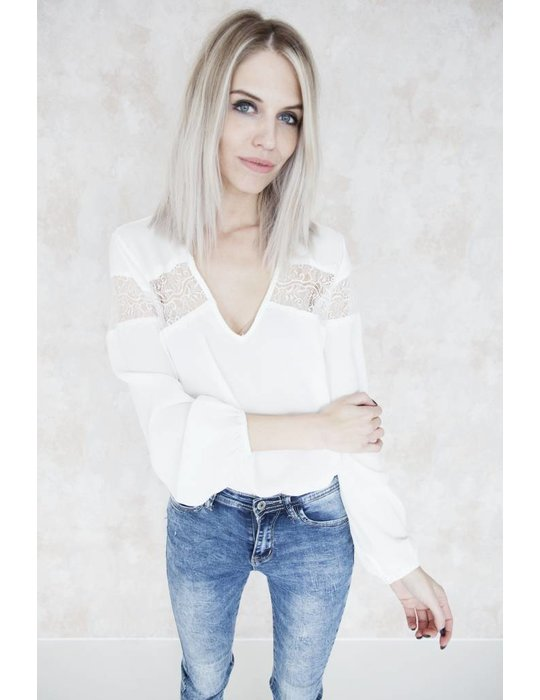 LOUISE WHITE